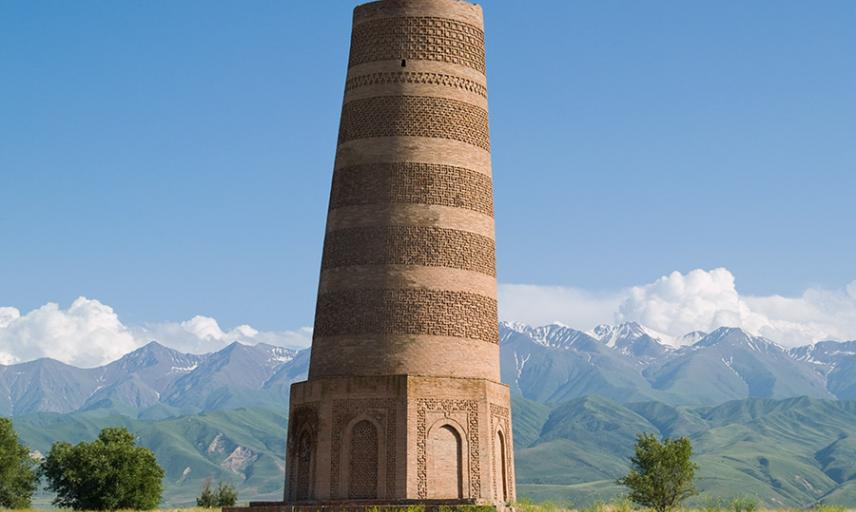 Burana Tower by Evgeni Zotov CC BY-NC-ND 2.0